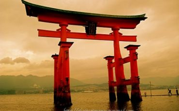 Miyajima-Torii-Japan-Travel