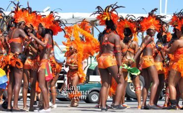 Scotiabank-Caribbean-Carnival-Toronto-2011-Parade-Photos-Caribana-Festival-2011-50
