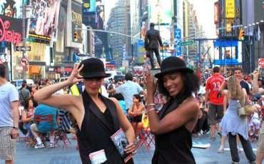 New-York-City-Broadway-Girls-1