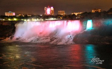 Niagara-Falls-at-Night-2