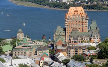 QUEBEC-CITY-CHATEAU-FRONTENAC-1