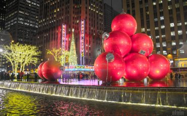 Christmas-in-New-York-Radio-City-Hall-1
