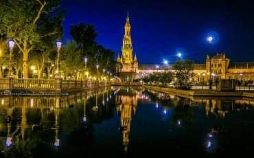 plaza-de-espana-sevilla-at-night-3
