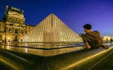 Louvre Museum at Night Photos Paris France 19