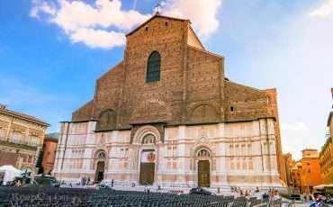 Basilica de San Petronio Bologna Italy 1