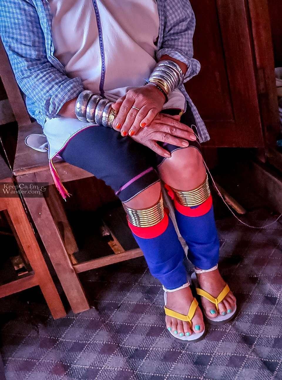 Leg rings Myanmar giraffe women