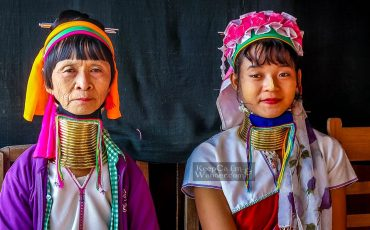 Long-necked Women Lake Inle Myanmar 8