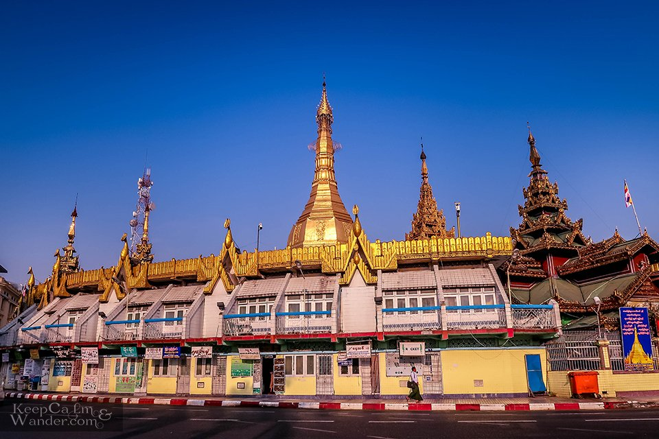 Sule Temple Yangon (Myanmar).