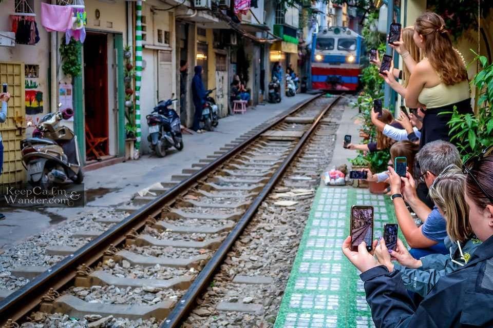 Hanoi Train Street (Vietnam).
