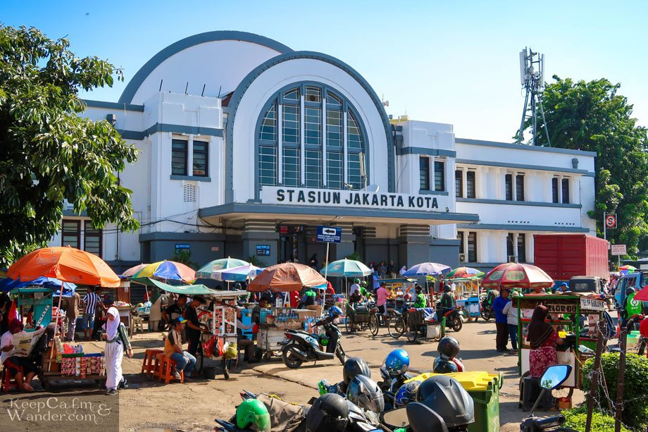 Old Train Station  Walking Tour in Jakarta - Things to Do and See