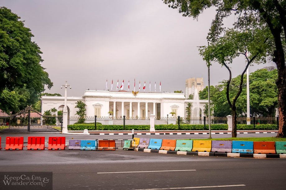 Walking Tour in Jakarta - Things to Do and See White House Indonesia