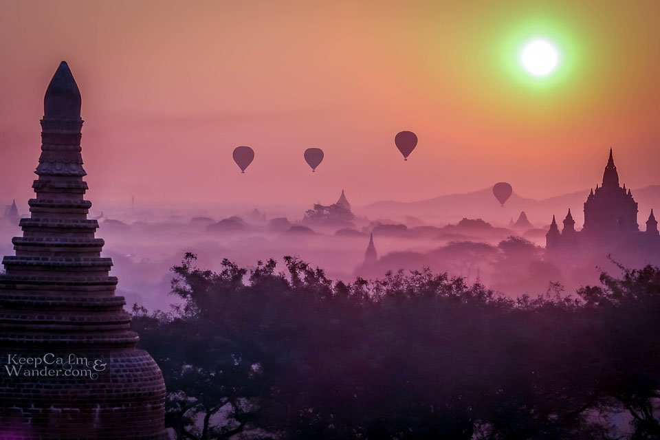 Sunrise in Bagan Ride a balloon