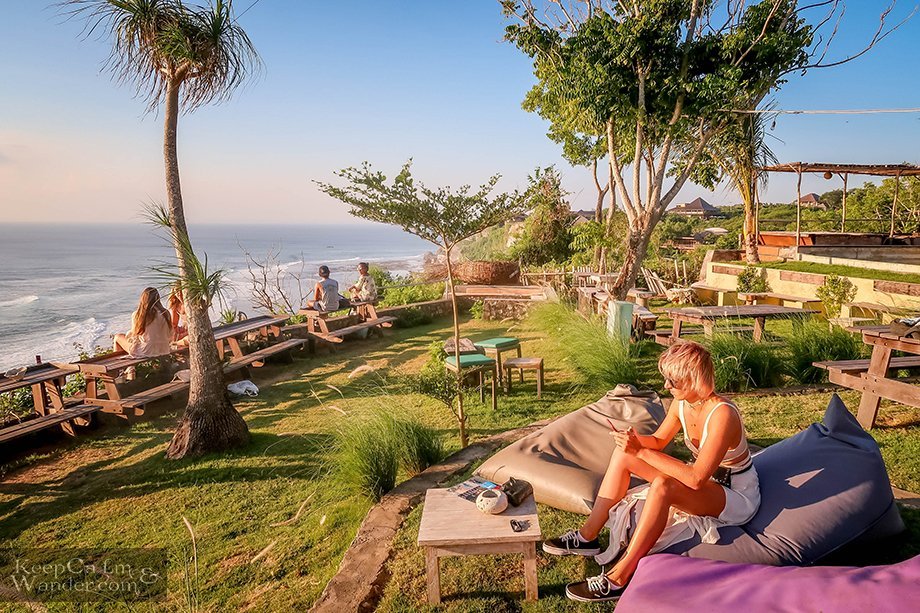 Uluwatu Sunset Point - Where You Should Watch the Sundown in Bali