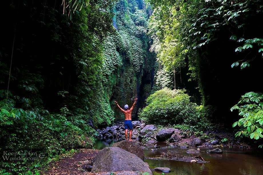 Hidden waterfalls Sekumpul