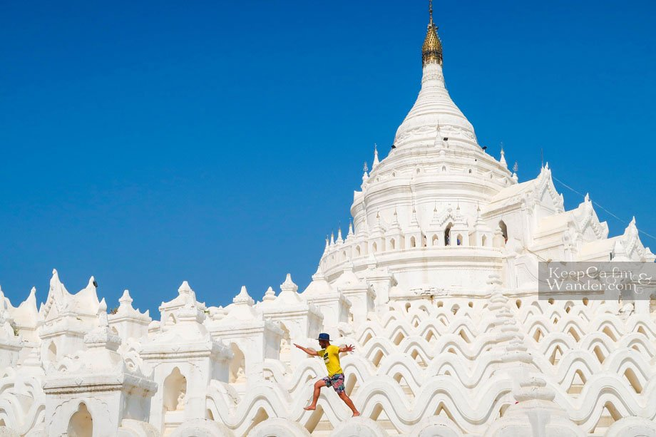 Tourist attractions in Mingun, Mandalay (Myanmar).