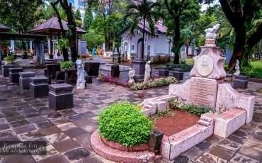 Jakarta Museum Prasasti Cemetery Indonesia 1
