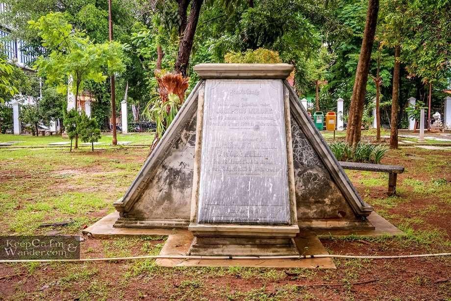 Museum Prasasti - a Necropolis in Jakarta