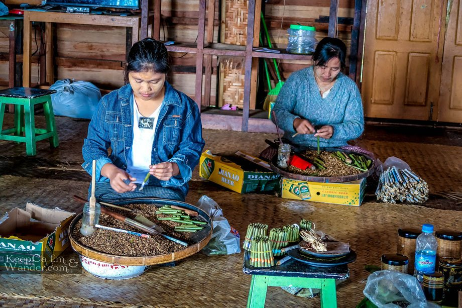 Myanmar Lake Inle Tour + Shwe InDein Pagodas for a Day Cigar factory