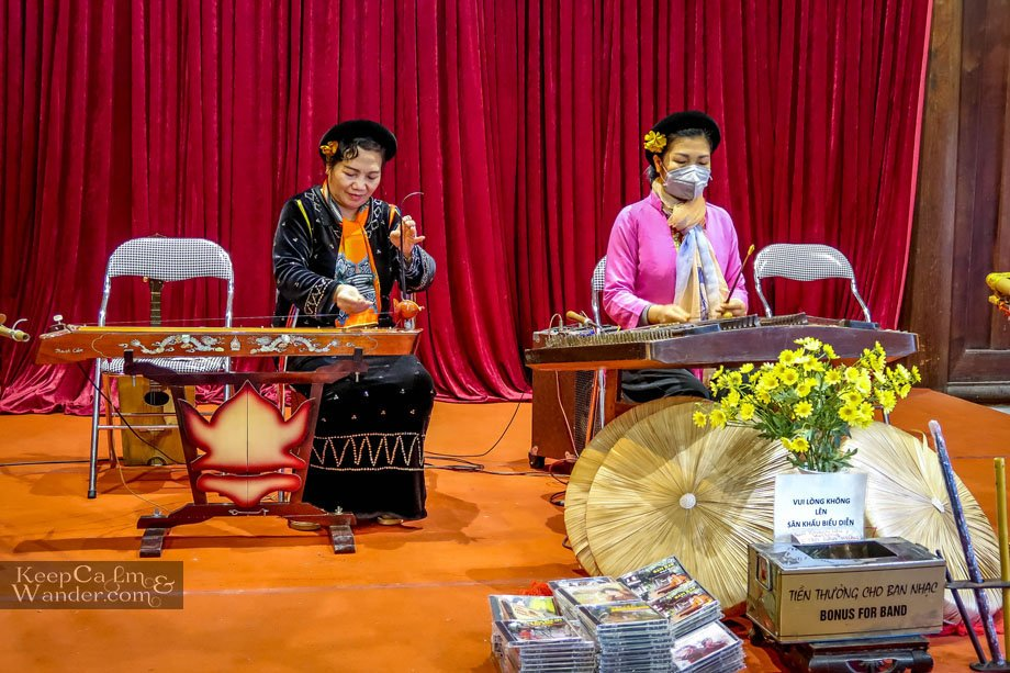 Vietnamese traditional musical instrument