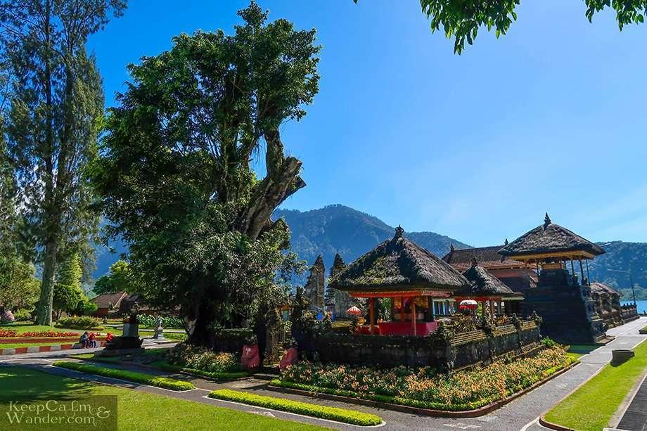 Pura Ulun Danu Beratan in Bedugul (Bali)