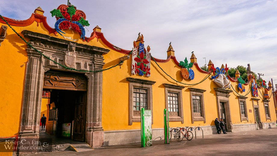 Public Library building Things to do in Coyoacan